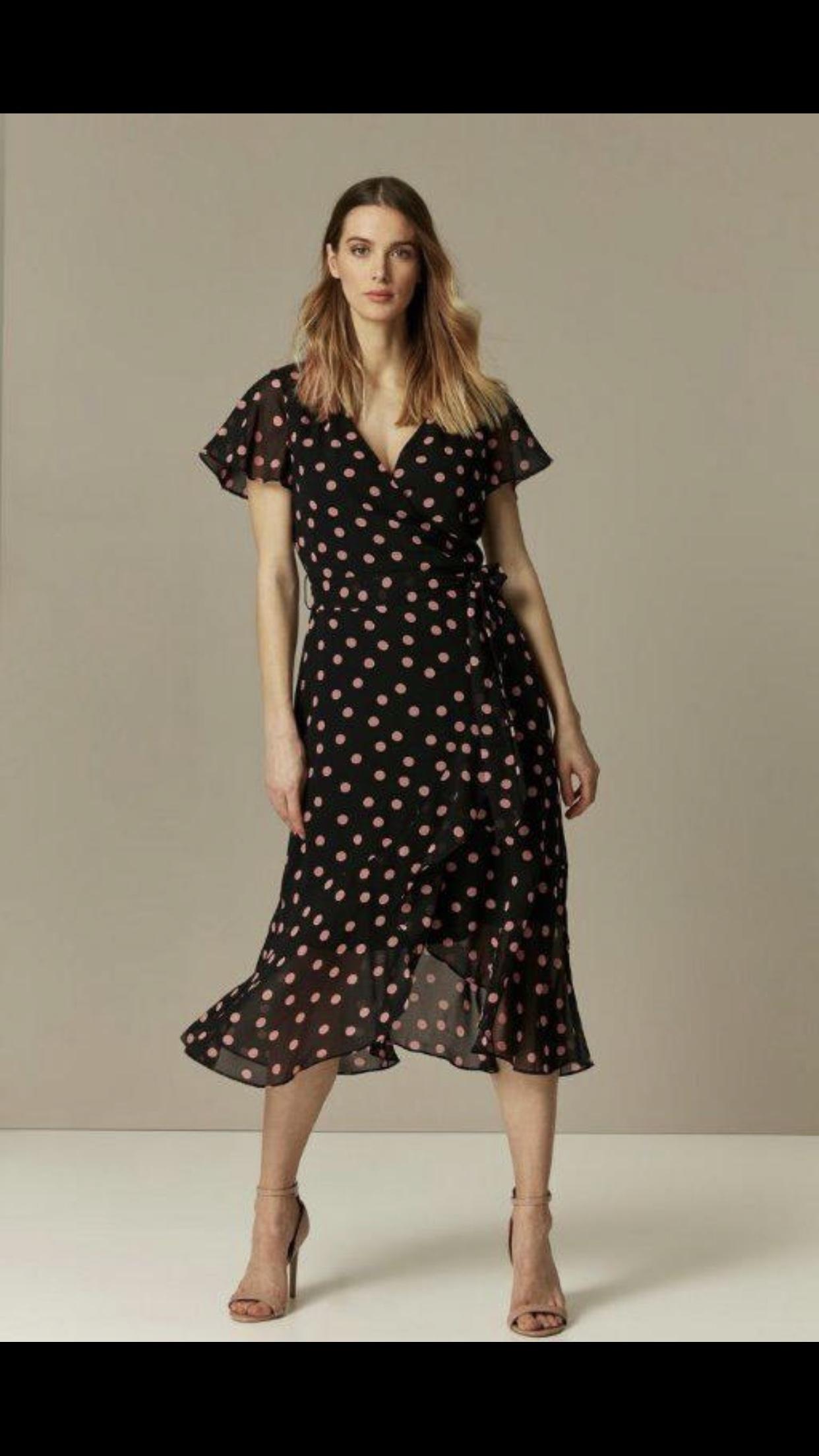 Stella Floral Print V-Neck Midi Dress in Navy   iCLOTHING